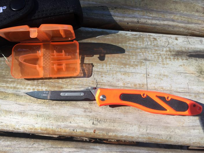 Havalon Piranta Blade removal tool edge